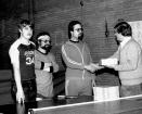 1983 oud marco luc en alex krijgen taart van albert